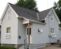 Photo of SUNY Oswego Off-Campus College Housing 257 2nd Street Oswego NY